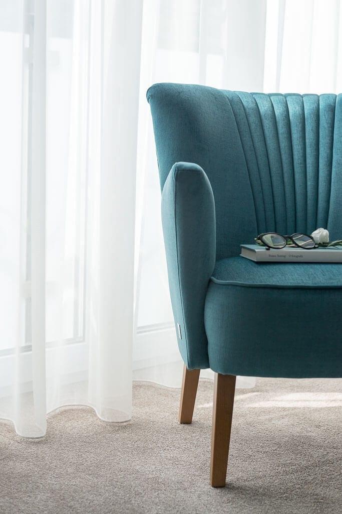 Nasz bogaty asortyment siedzisk pochodzących od wielu renomowanych dostawców spełni nawet najbardziej wyszukane oczekiwania w tym zakresie i pozwoli na stworzenie eleganckiej i wygodnej strefy komfortu.