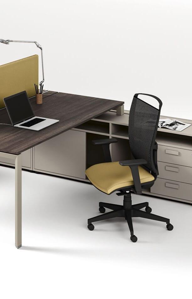 W naszej ofercie znajdują się nowoczesne, tworzone zgodnie z najwyższymi standardami ergonomiczne fotele i krzesła.